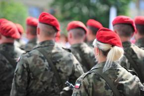 Legniczanie nie garną się do wojska Macierewicza